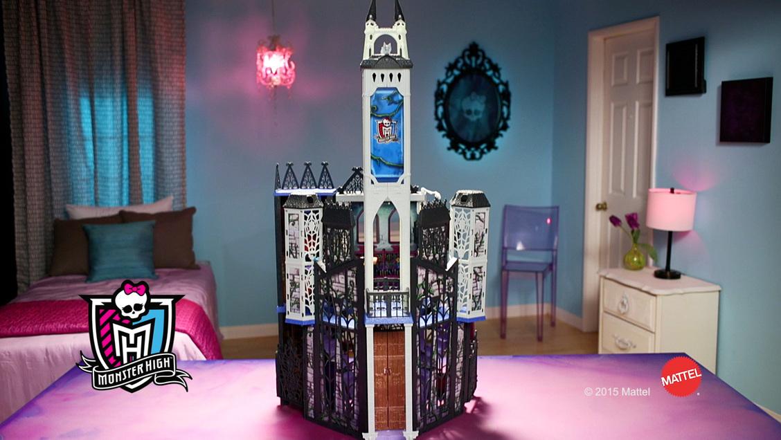 Monster High™ Deadluxe High School™ Play Set   Shop Monster High Doll  Accessories, Playsets U0026 Toys | Monster High