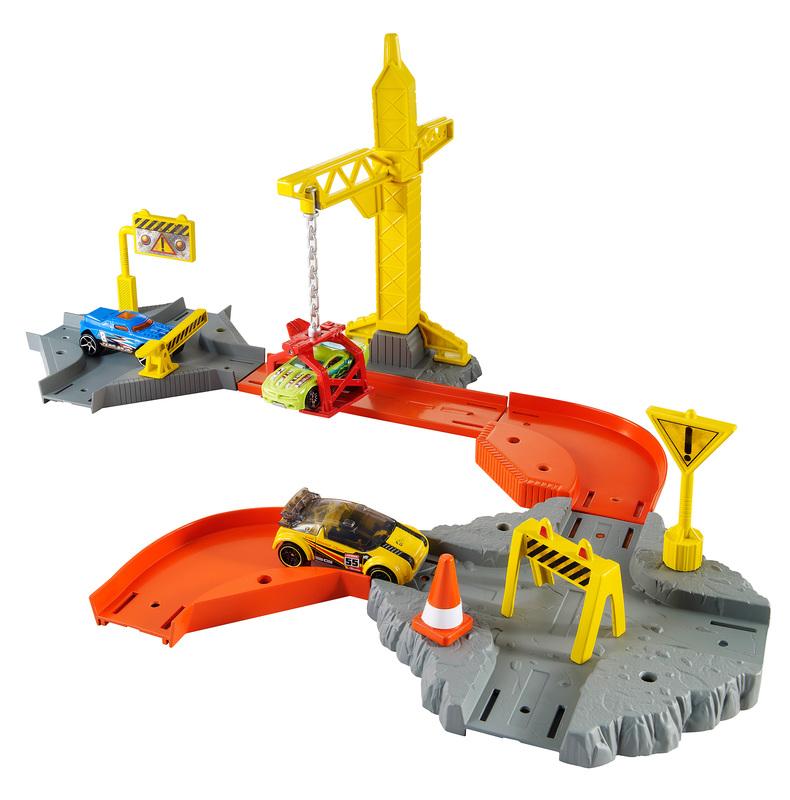 Cars Race Tracks Pixar