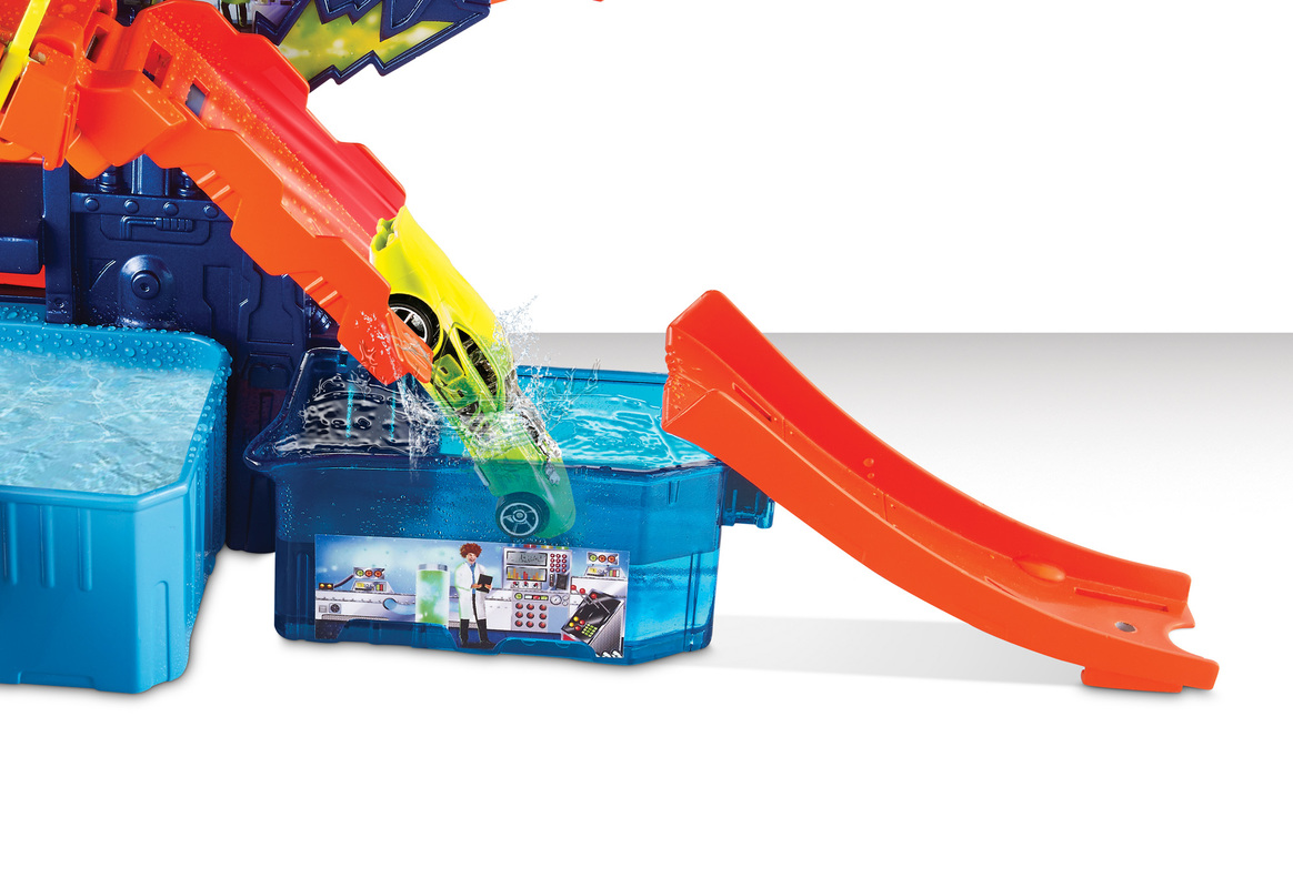 Color Hot Wheels Shop CarsTrucksamp; Laboratorio Tracks De Race qSUzpMV