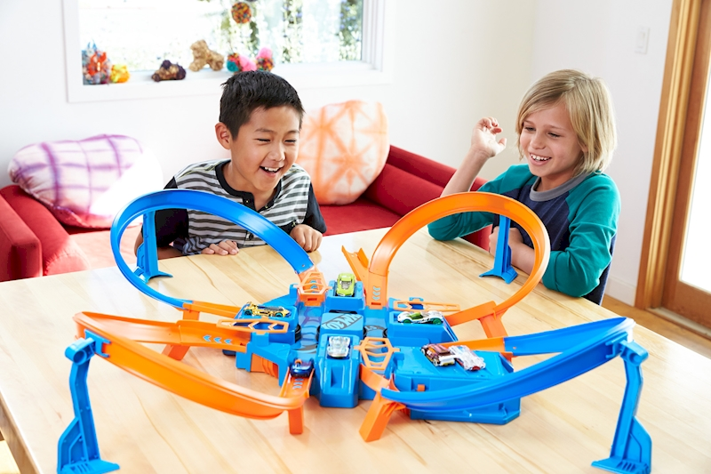 Toy Cars For 8 Year Olds : Hot wheels criss cross crash™ track set shop